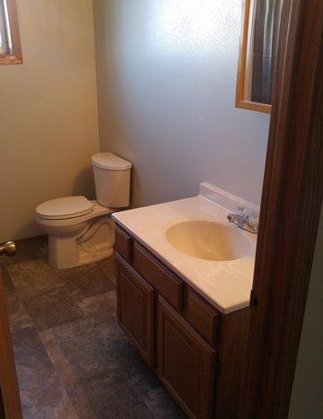 513 E 1st in Volga, SD - Bathroom2