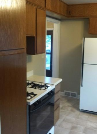 629 Campanile Ave - Kitchen Appliances