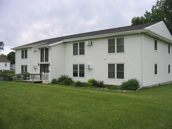 Canyon Ridge Apartments in Garretson, SD - Building Exterior