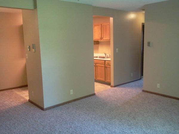Canyon Ridge Apartments in Garretson, SD - Living Room