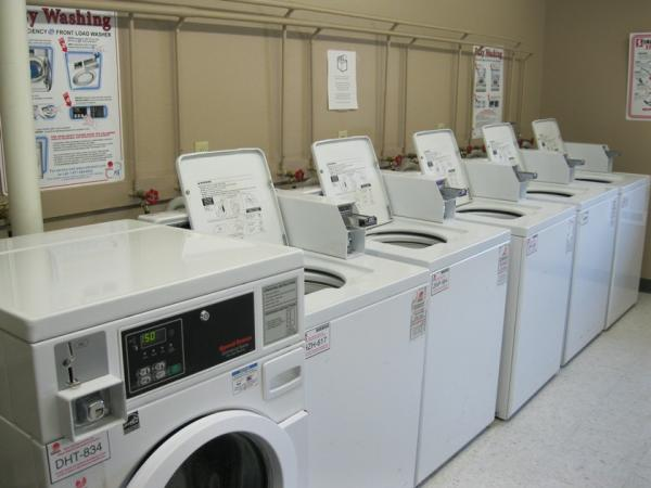 Huron Apartments in Huron, SD - Laundry