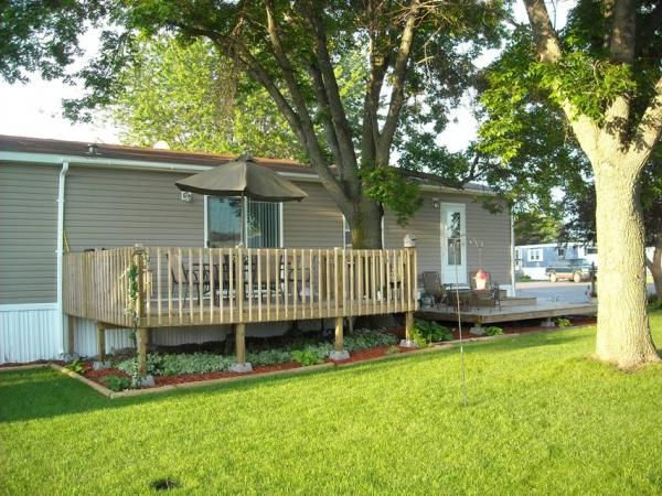 Lamplighter Village in Brookings, SD - Trailer Home in the Park