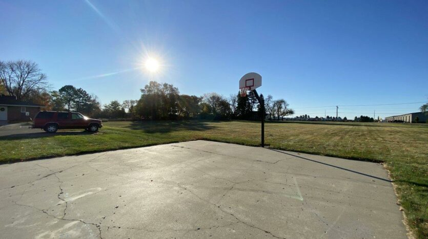 Colony West Townhomes in Watertown, SD - Basketball Hoop