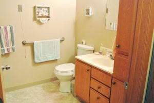 Lincoln Apartments I and II in Pierre, SD - Bathroom