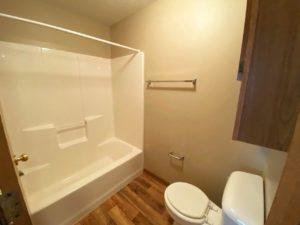 Springwood Townhomes in Watertown, SD - Bathroom
