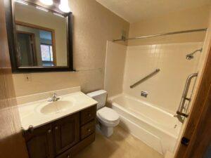 Canton Villa Apartments in Canton, SD - Bathroom