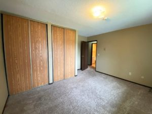 Colony West Townhomes in Watertown, SD - Bedroom 1 (Alternative Layout)