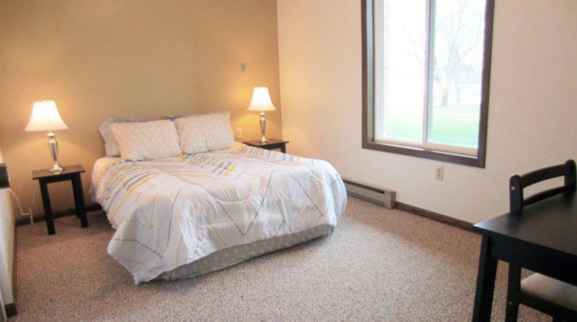 Arrowhead Apartments in Brookings, SD - Bedroom