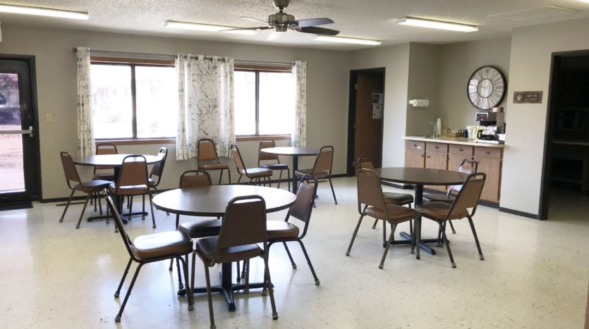 Courtyard Apartments in Huron, SD - Community Dining Room