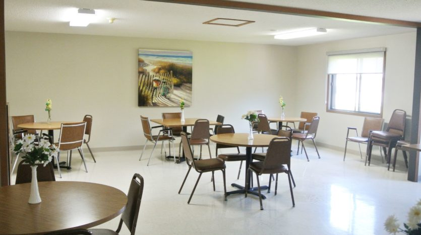 Lincoln Apartments I and II in Pierre, SD - Community Dining Room