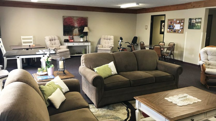 Courtyard Apartments in Huron, SD - Community Room