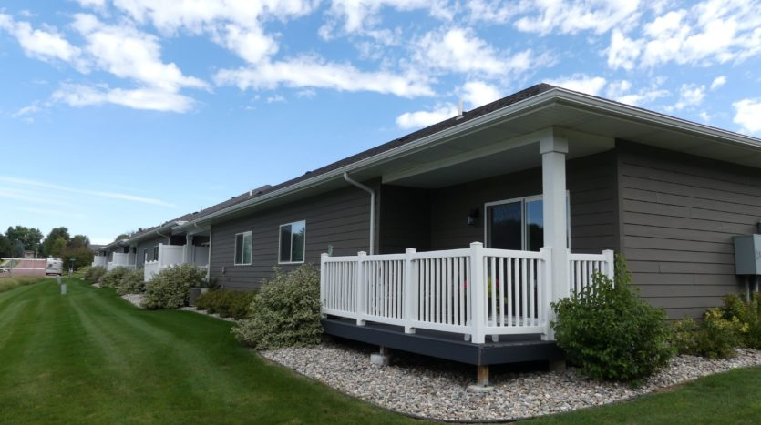Evergreen Townhomes in Madison, SD - Deck