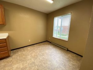 Colony West Townhomes in Watertown, SD - Dining Room (Alternative Layout)