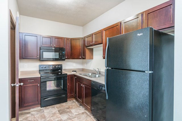 Edgerton Place Apartments in Mitchell, SD - Kitchen Layout