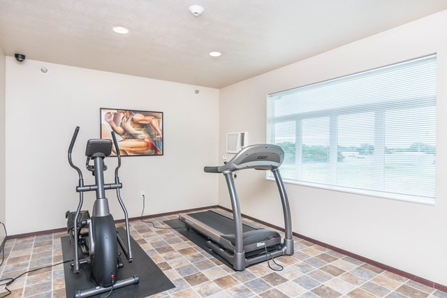 Edgerton Place Apartments in Mitchell, SD - Exercise Room