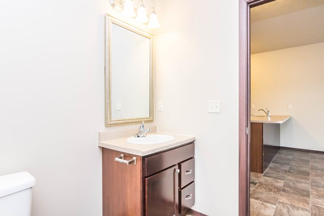 Edgerton Place Apartments in Mitchell, SD - Bathroom Vanity
