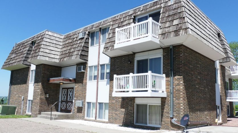 Grandview Apartments in Chamberlain, SD - Exterior
