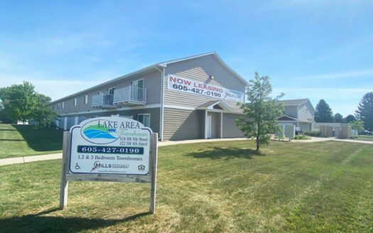 Lake Area Townhomes in Madison, SD - Exterior
