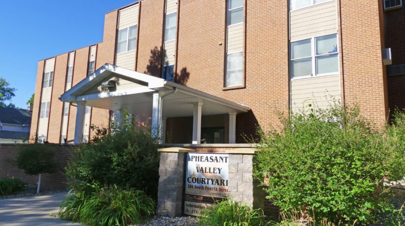 Pheasant Valley Courtyard Apartments in Milbank, SD - Exterior