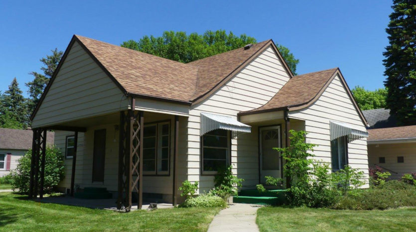 803 6th Street in Brookings, SD - Home Exterior