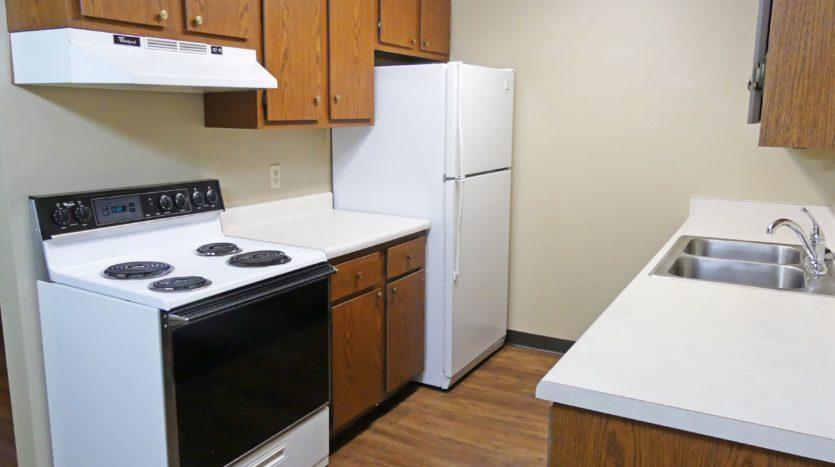 Friendship Village Apartments in Dell Rapids, SD - Kitchen