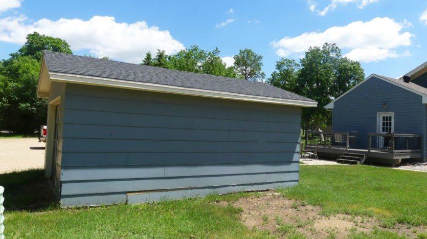 913 1st Street House - Garage