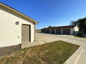 Canton Villa Apartments in Canton, SD - Garages