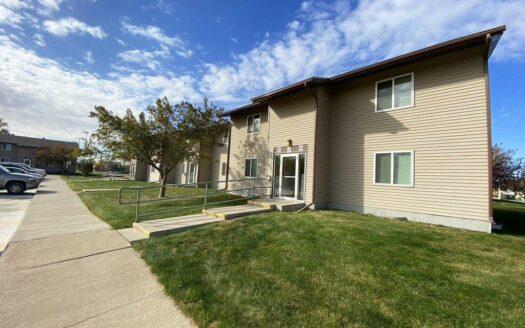 Huron Apartments in Huron, SD - Building Exterior 2