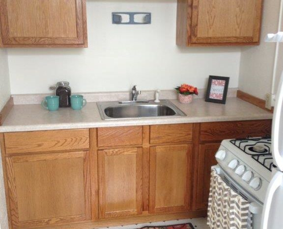 Lawler Apartments in Mitchell, SD - Kitchen