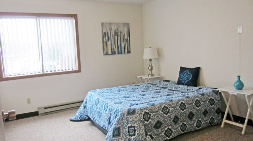 Sunchase Apartments in Brookings, SD - Bedroom