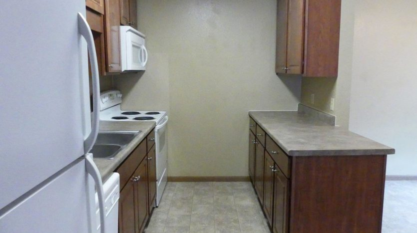 Sandpiper Townhomes in Brookings, SD - Kitchen