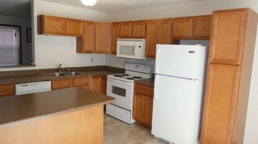 Pheasant Valley Courtyard Townhomes in Milbank, SD - Kitchen 2