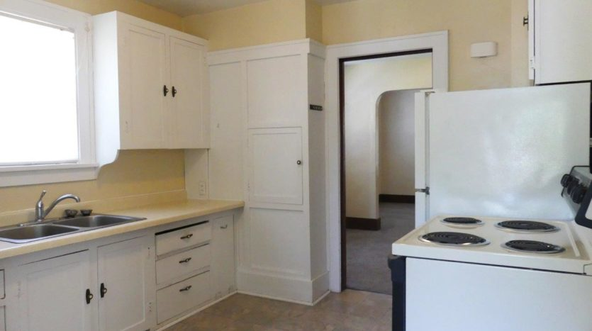 1211 4th Street in Brookings, SD - Kitchen