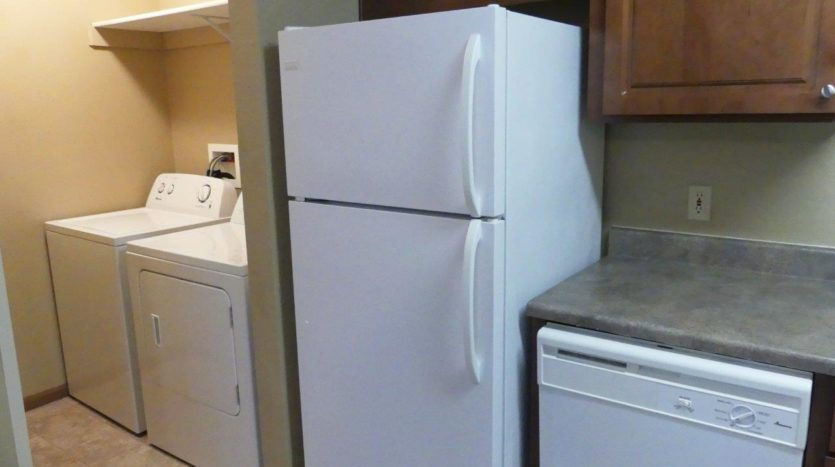 Sandpiper Townhomes in Brookings, SD - Washer and Dryer