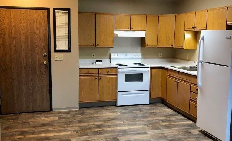 Lincoln Apartments I and II in Pierre, SD- Kitchen