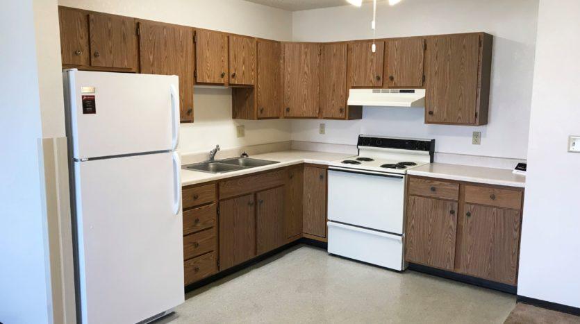 Courtyard Apartments in Huron, SD - Kitchen