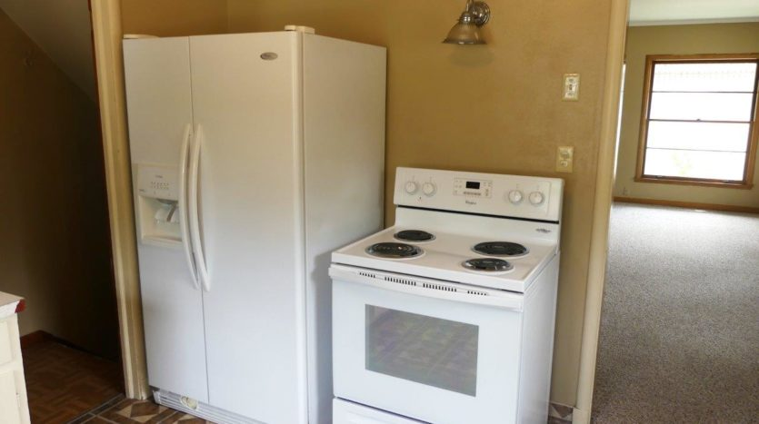 803 6th Street in Brookings, SD - Kitchen Refrigerator and Stove