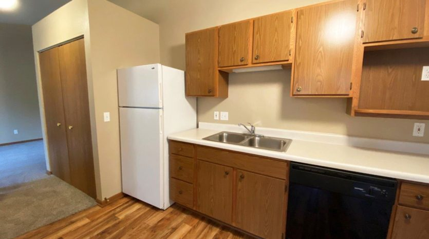 Springwood Townhomes in Watertown, SD - Kitchen1
