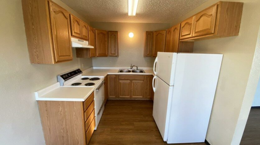Colony West Townhomes in Watertown, SD - Kitchen