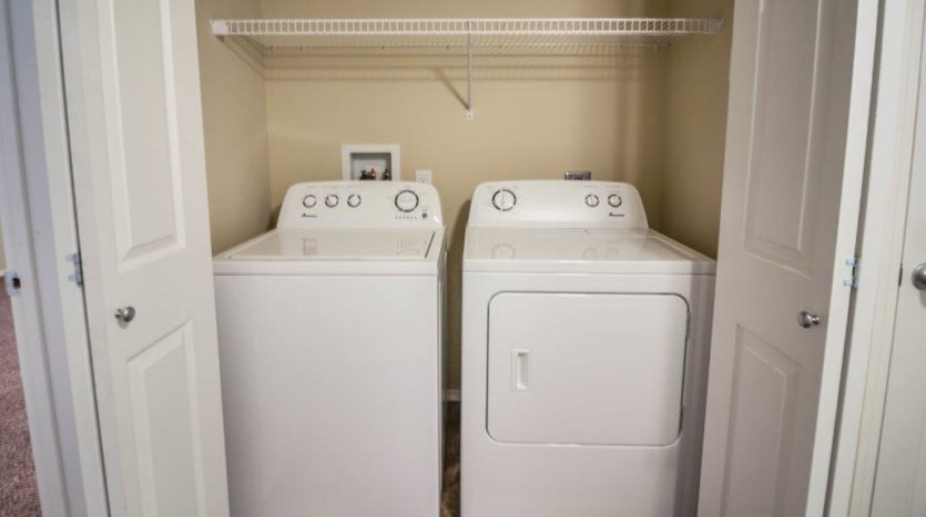 Lake Area Townhomes in Madison, SD - In Home Washer and Dryer