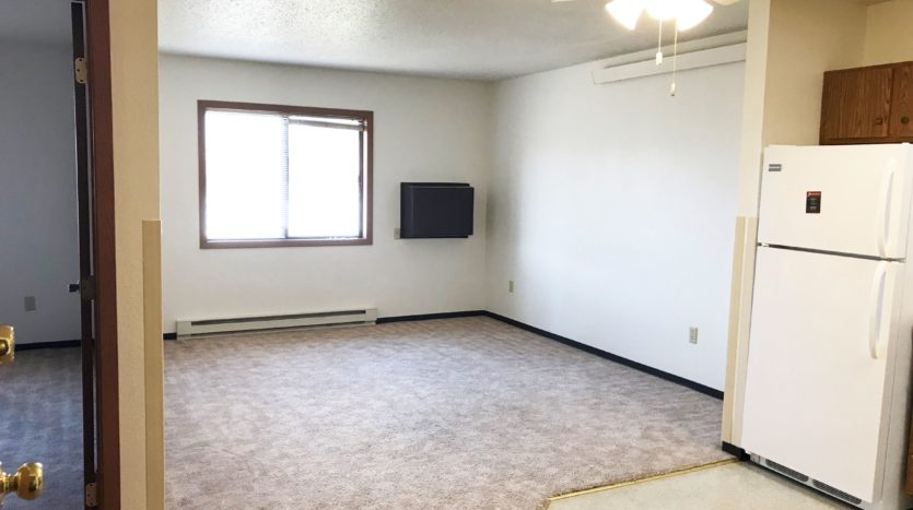 Courtyard Apartments in Huron, SD - Living Room