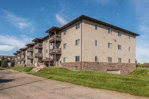 Mills Ridge Apartments in Brookings, SD - Building exterior