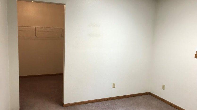 913 A/B 1st Street - Unit B Bedroom2