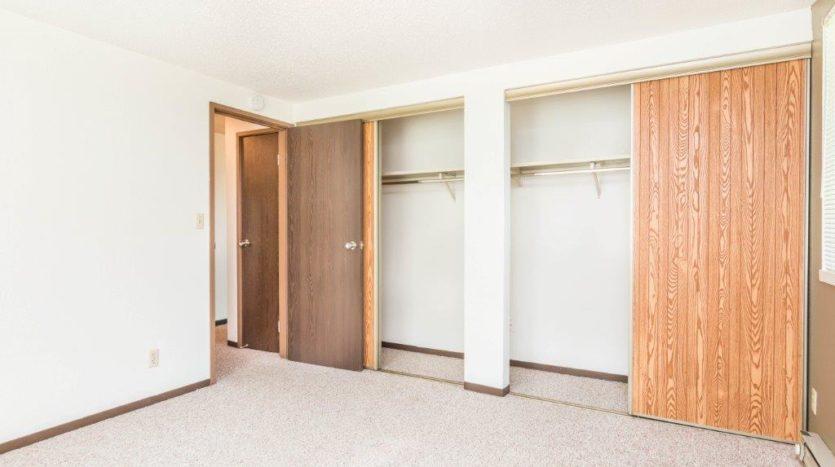 Onaka Village Apartments in Brookings, SD - Bedroom 2 Closet