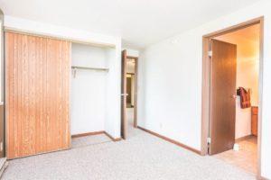 Onaka Village Apartments in Brookings, SD - Bedroom Closet