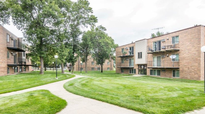Onaka Village Apartments in Brookings, SD - Property