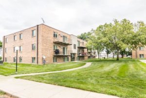 Onaka Village Apartments in Brookings, SD - Exterior