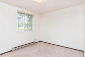 Onaka Village Apartments in Brookings, SD - Bedroom 1