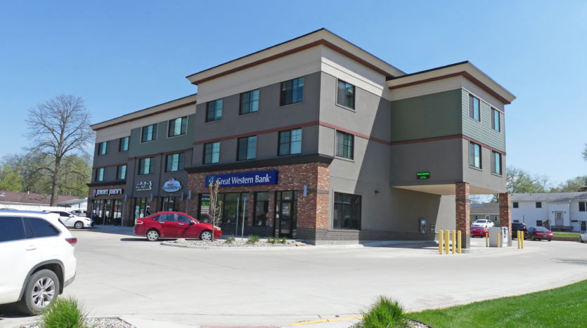 6th Street Centre in Brookings, SD - Commercial Exterior