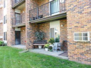 Arrowhead Apartments in Brookings, SD - Patio